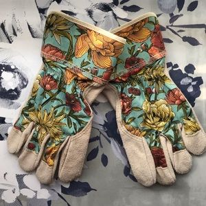 Accessories - NWOT Floral Botanical Work Garden Gloves OSFM